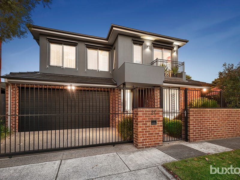 2C Leith Crescent, Hampton East, Vic 3188