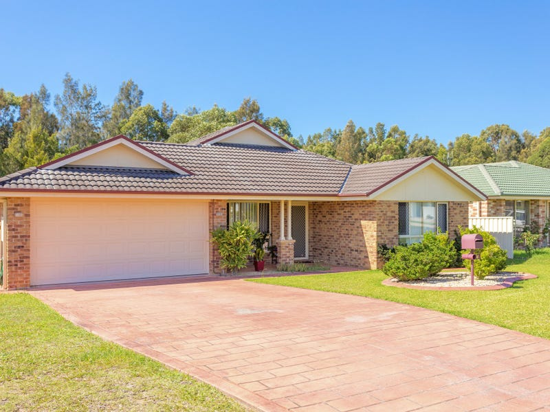 27 Ivy Crescent, Old Bar, NSW 2430