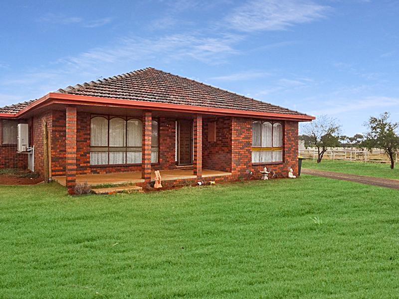 3270 Geelong-Bacchus Marsh Road, Balliang East, Vic 3340