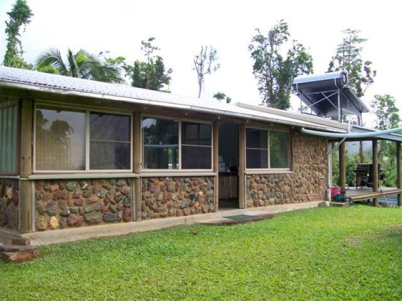 192 Seres Road, Mena Creek, Qld 4871