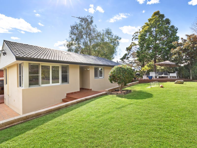 15 Ara Crescent, Narraweena, NSW 2099