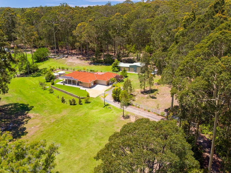 33 Cullendulla Drive, Long Beach, NSW 2536