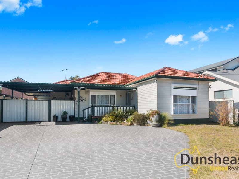26 Clarence Street, Macquarie Fields, NSW 2564