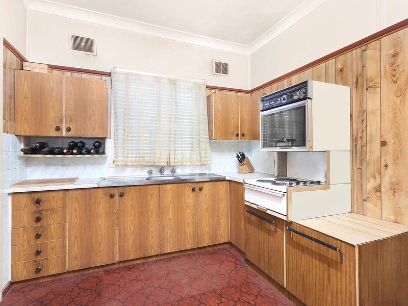 90 Maiden Street, Greenacre, NSW 2190