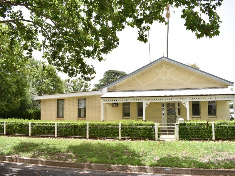 26 Whiteley Street, Wellington, NSW 2820