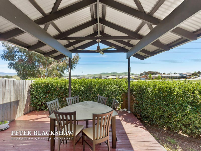 12/68 Eccles Circuit, MacGregor, ACT 2615