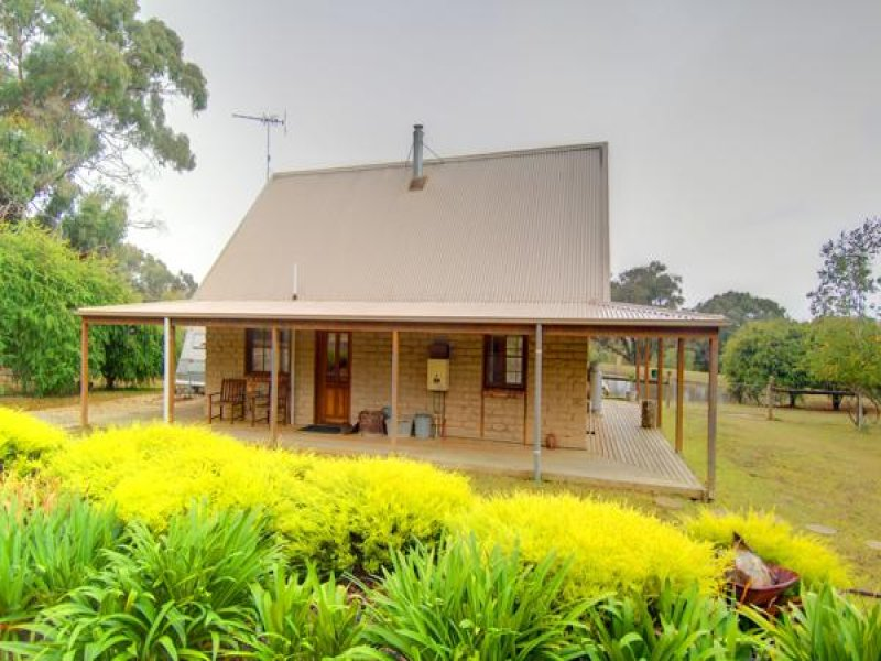 141 Quilliams, Snake Valley, Vic 3351