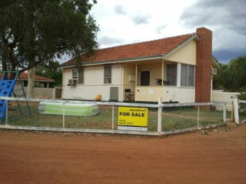 13 Main Road, Mullewa, WA 6630