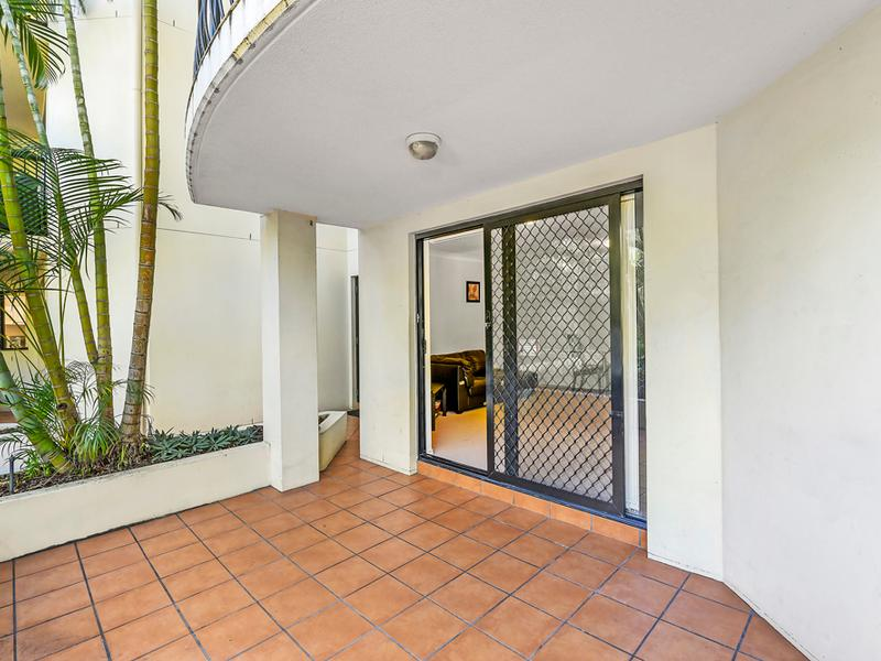 6/84 High Street, Southport, Qld 4215