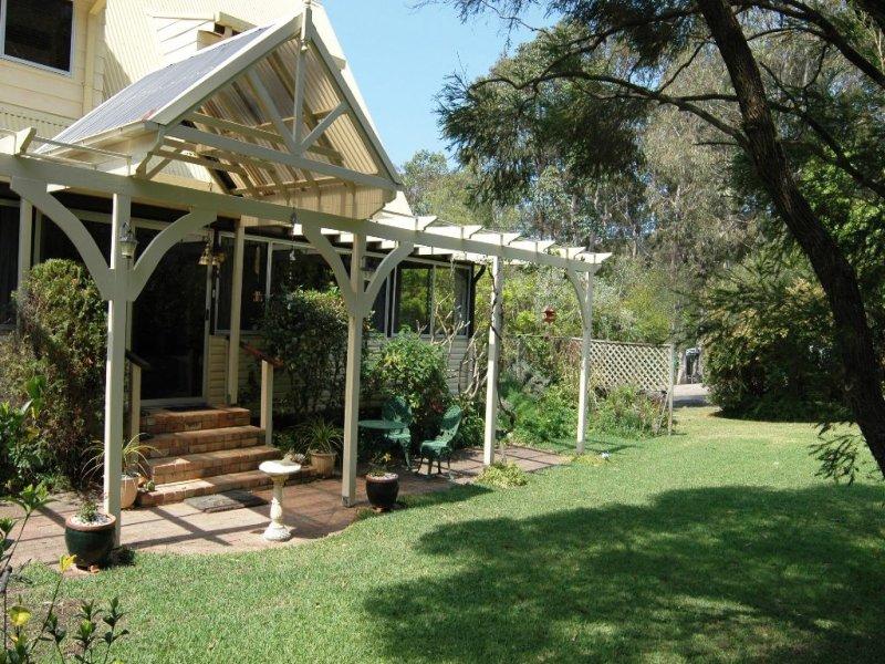 42 Jacaranda Avenue, Elizabeth Beach, NSW 2428