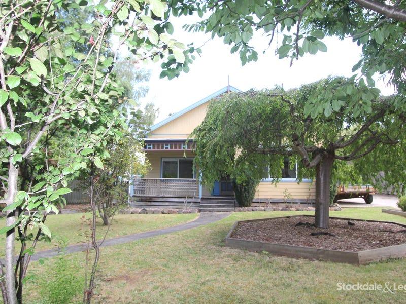 22 Ridgway, Mirboo North, Vic 3871