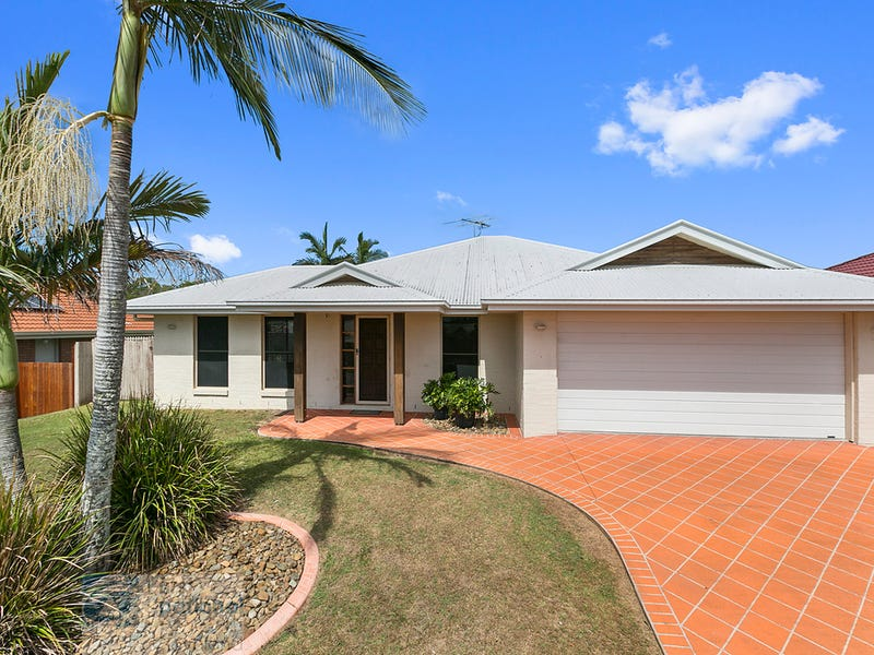 19 Sandy Drive, Victoria Point, Qld 4165
