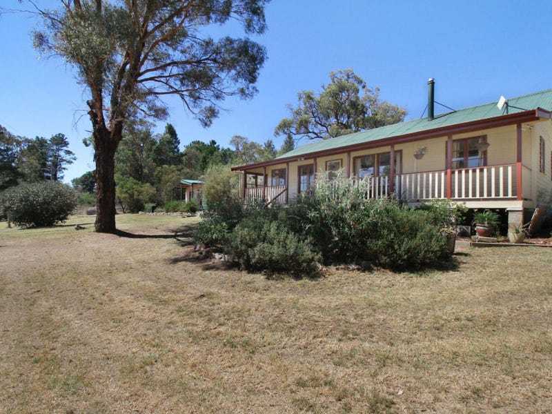 162 Kingstown Road, Uralla, NSW 2358