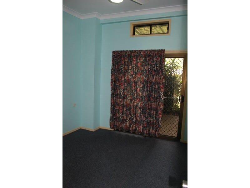 House 2/53 Valfern Crt, Dundowran Qld 4655