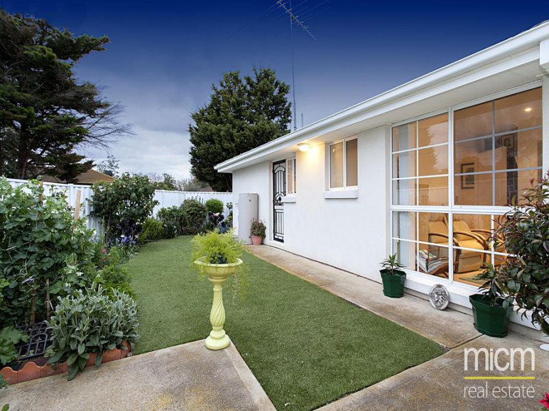 6/23-25 Finch Road, Werribee South, Vic 3030