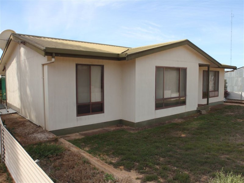 6 South Terrace, Warramboo