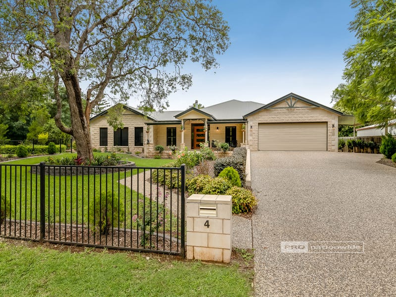 4 Whispering Pines Drive, Highfields, Qld 4352