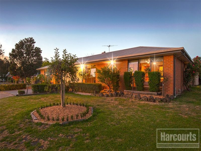 22 Home Road, Nar Nar Goon, Vic 3812