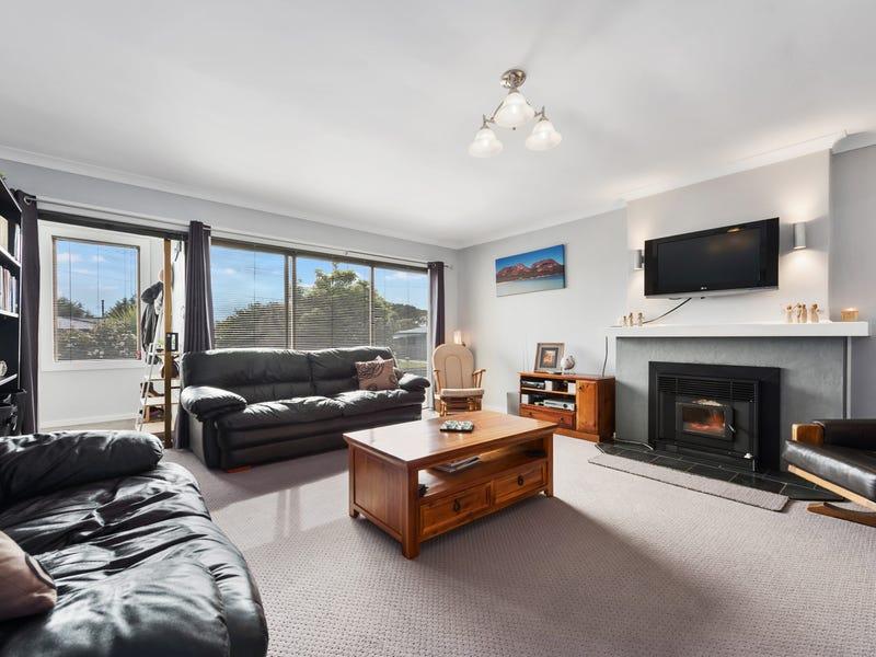 16 Smith Street, Ulverstone, Tas 7315