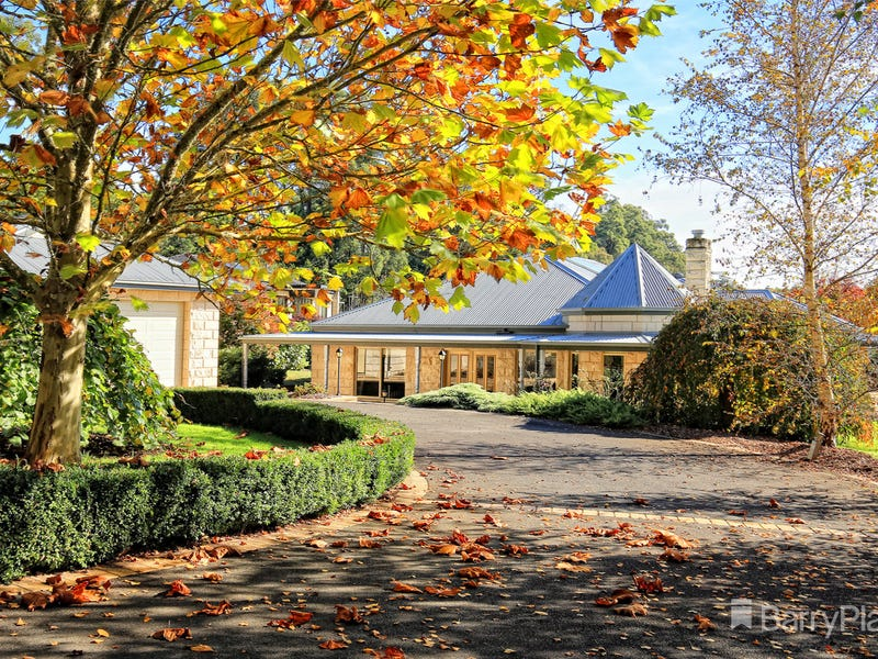11 Bond Lane, Gembrook, Vic 3783