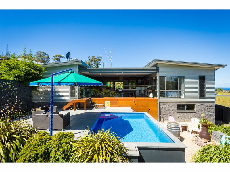 57 The Crest, Merimbula, NSW 2548