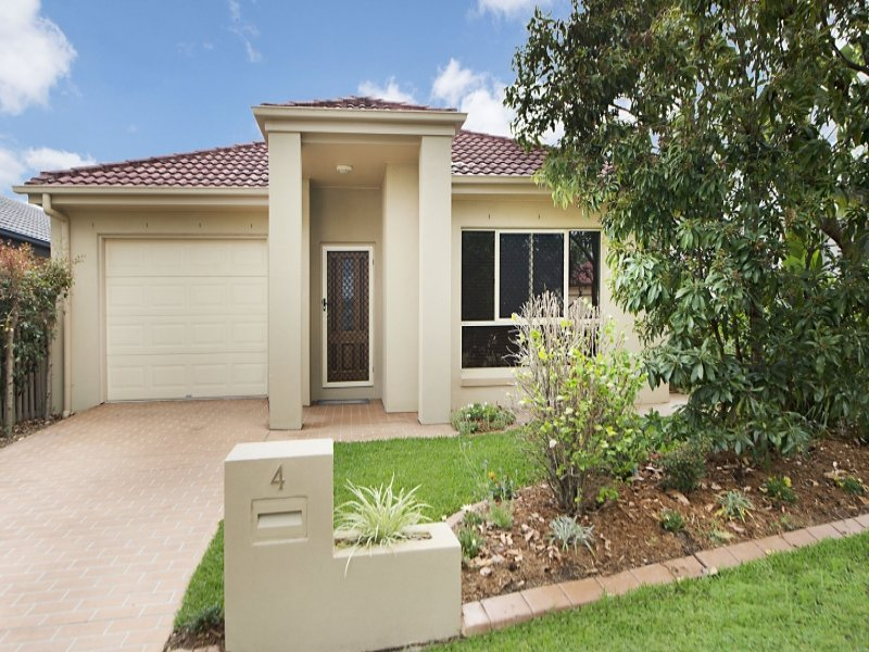 4 Allenby Close, North Lakes, Qld 4509