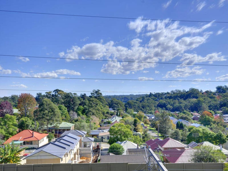 130/107-115 Pacific Highway, Hornsby