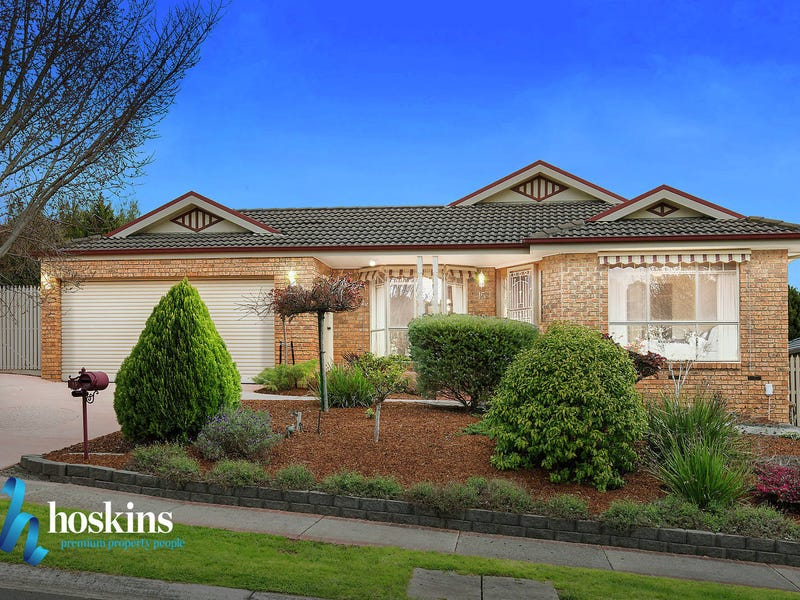 15 Goldentree Drive, Chirnside Park, Vic 3116
