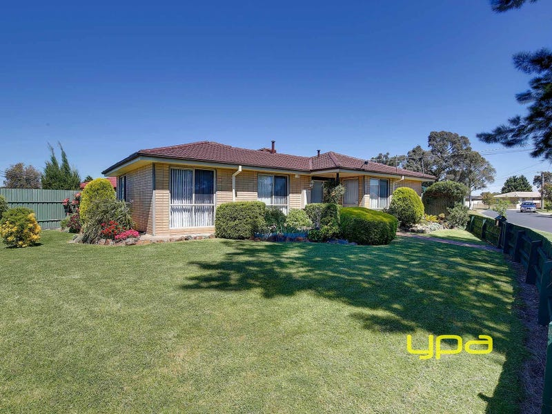 1 Inverleigh Court, Meadow Heights, Vic 3048