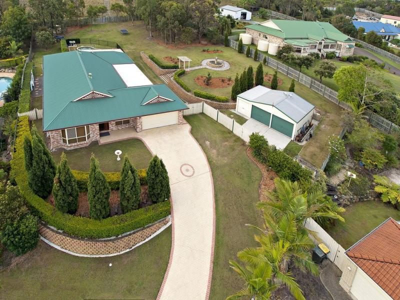 17 Waratah Close, MacKenzie, Qld 4156