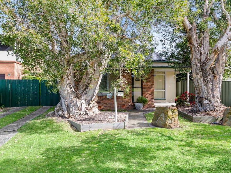 8 Gladstone St, Bellambi, NSW 2518