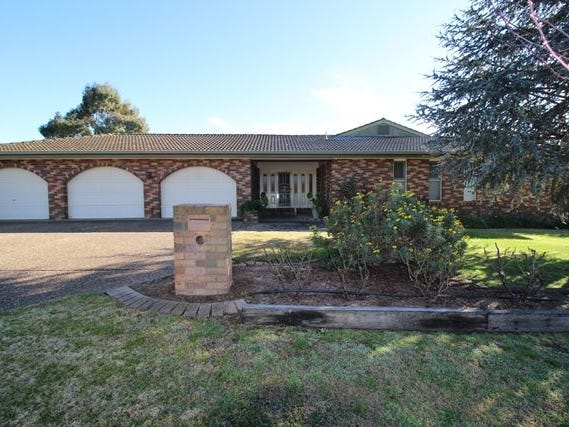 46 Pinkstone Avenue, Cootamundra, NSW 2590