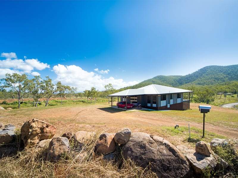 12 Mountain Drive, Midge Point