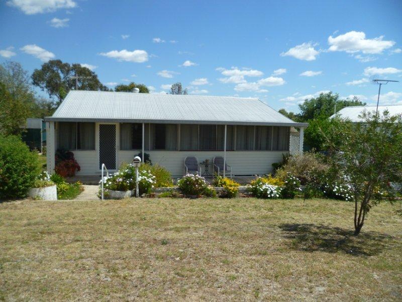 9 Bukkulla Street, Ashford, NSW 2361