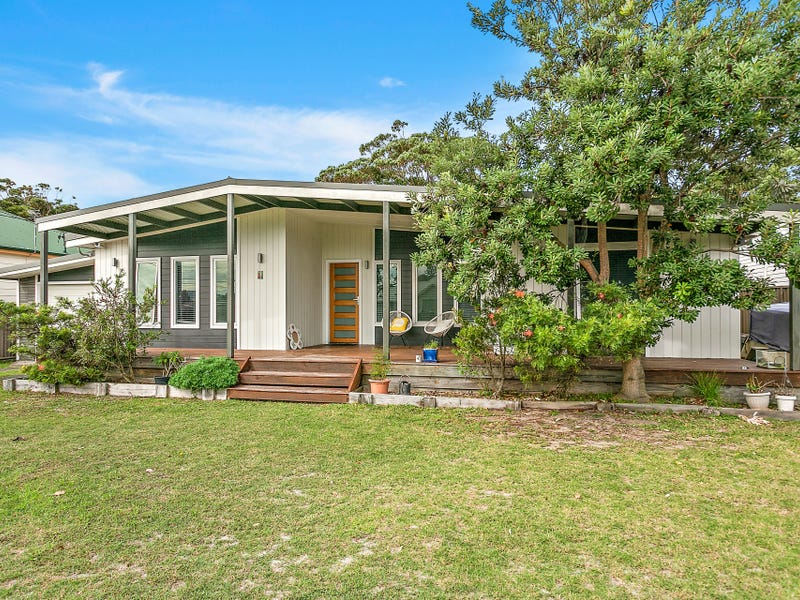 41 Ocean St, Windang, NSW 2528
