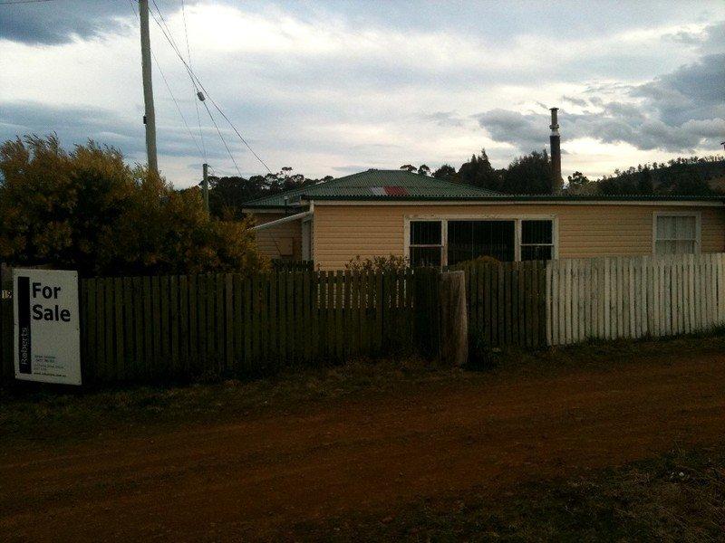 19 Cruttenden Street, Buckland, Tas 7190