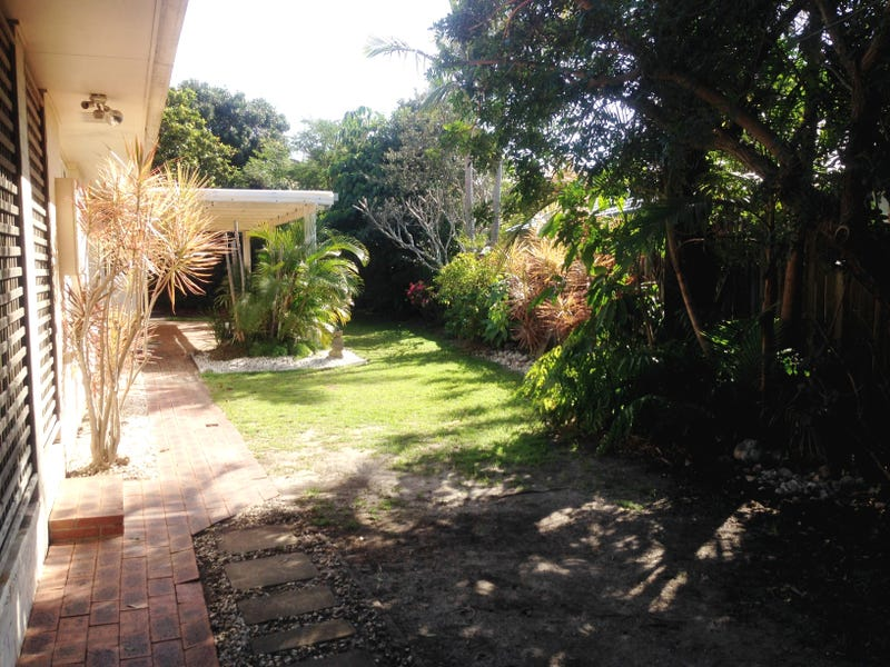 15 Paluma Street, Sunrise Beach, Qld 4567
