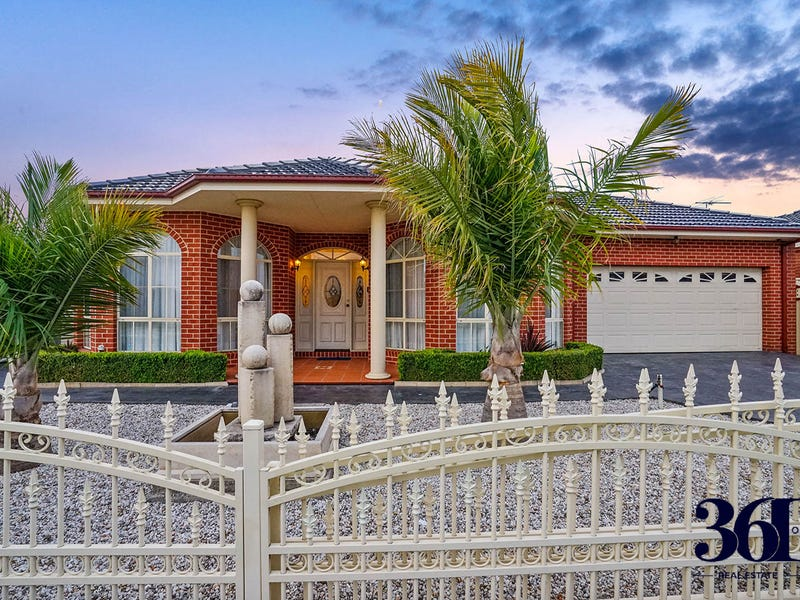 1 Wells Ave, Taylors Hill, Vic 3037