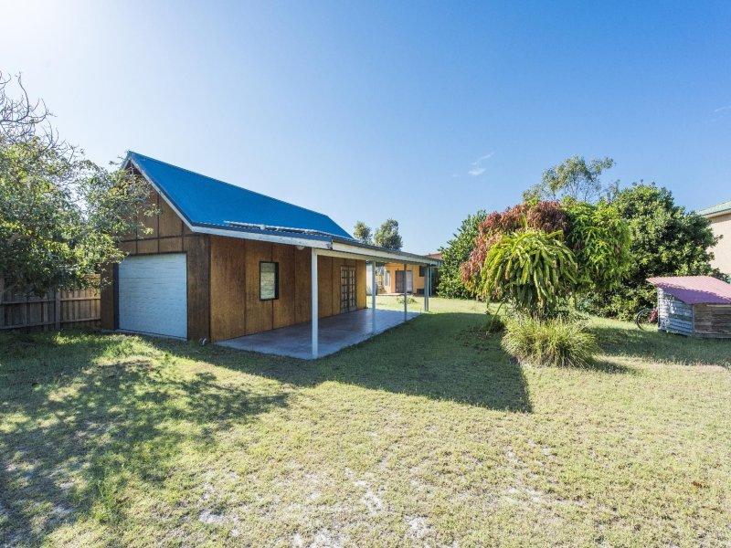 18 Williams Crescent, Wooli, NSW 2462