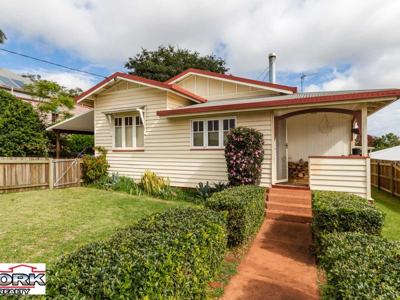 5 Llewellyn Street, Centenary Heights, Qld 4350