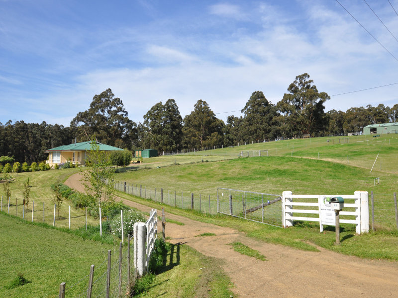 17 Cross Road, Crabtree, Tas 7109