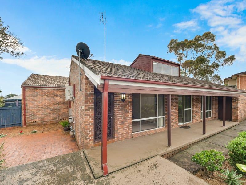 2/11 Woolpack Street, Elderslie, NSW 2570