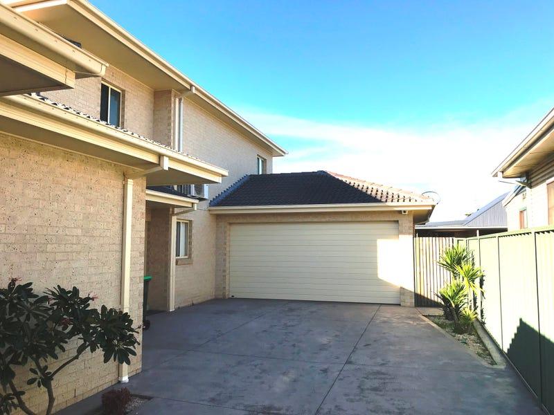2/1 William Avenue, Warilla, NSW 2528
