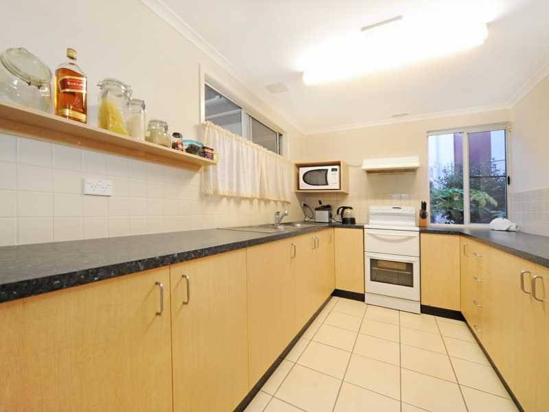 Unit 2 3 Maeva Court, Maeva Street, Jubilee Pocket, Qld 4802