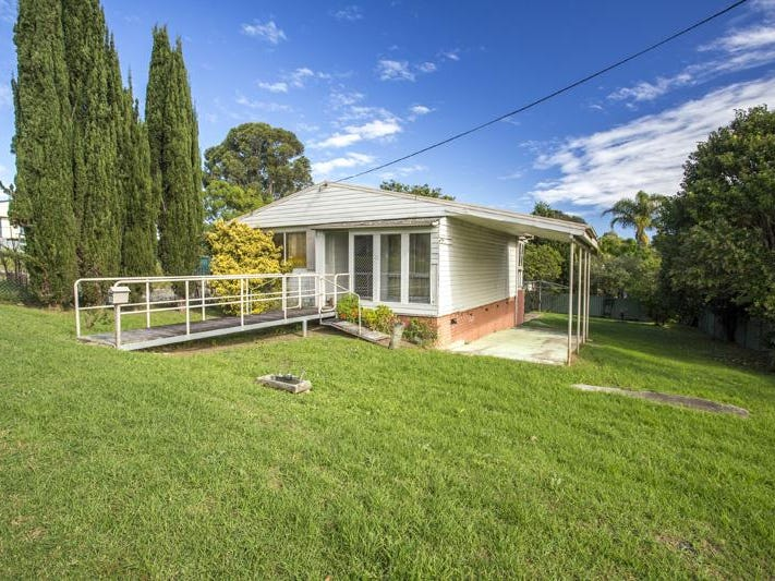 12 Gregory Street, Batemans Bay, NSW 2536