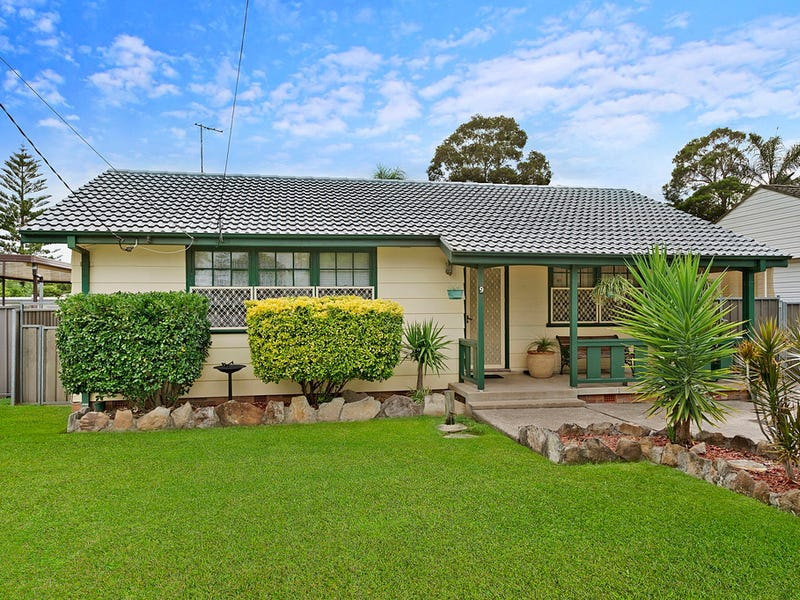 9 Melanesia Avenue, Lethbridge Park, NSW 2770