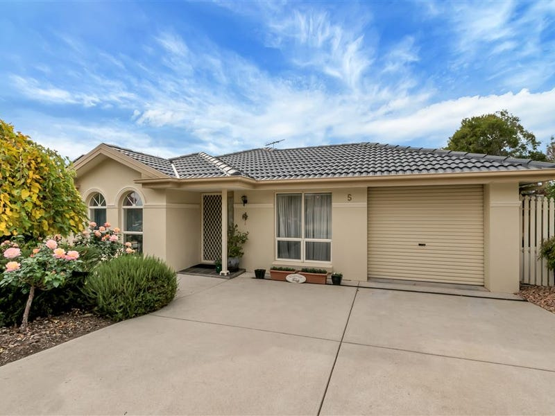 5 Bruce Rundle Drive, Williamstown, SA 5351