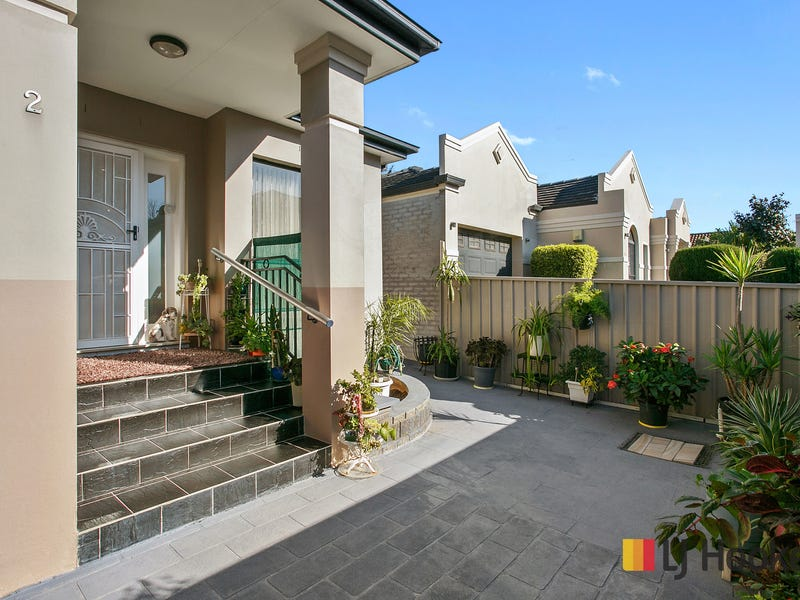 2/43 Junction Road, Beverly Hills, NSW 2209