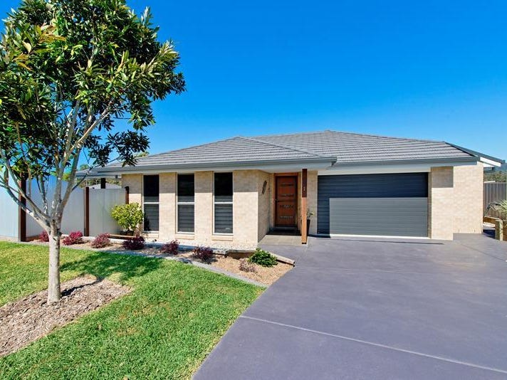 1 Satinwood Crescent, Kew