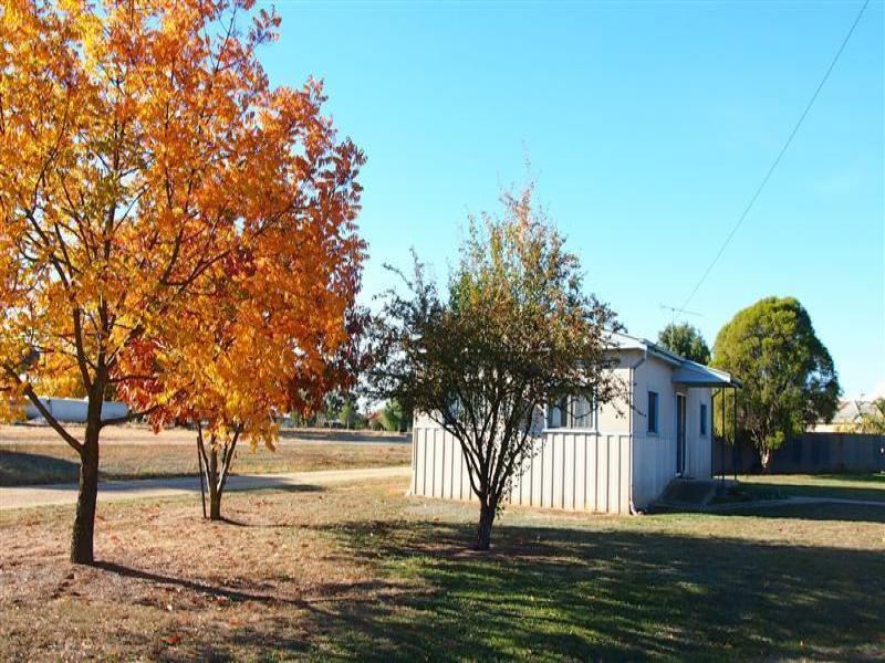 2 Railway St, Walla Walla, NSW 2659